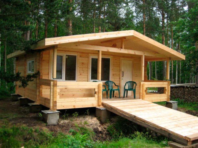 Одноэтажный деревянный домик